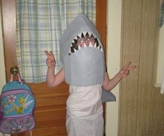 Create a shark head costume using tape sculpture by exabopper Shark Mask, Shark Head, Shark Costumes, Diy Costumes, Costume Ideas, Halloween Party Costumes, Halloween 2015, Goblin Shark, Pretty Little Girls