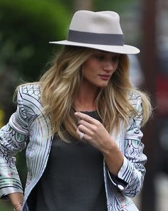 Rosie Huntington-Whiteley visits a friend's house in South East London
