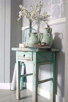 Shabby Chic Decor easy and creative tricks - Wonderful help to organize a comfy and creative simple shabby chic decor . The fantastic tips pinned on this not so shabby day 20181205 , pin note ref 5433475168 Farmhouse Decor, Decor, Chic Furniture, Cottage Decor, Painted Furniture, Chic Decor, Shabby Chic Decor, Shabby Chic Homes, Home Decor