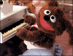 My favourite Muppet - Rowlf as a Muppet Baby in my favourite Muppet movie - Muppets Take Manhattan Sesame Street Muppets, Sesame Street Characters, Cartoon Characters, 1990s Kids, Fraggle Rock, The Muppet Show, Muppet Babies, Miss Piggy, Jim Henson
