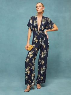 Be playful and fabulous at your friend's wedding with these favorite trends shopping list! #bridalmusings #bmloves #bride #wedding #weddingfashion #fashion #guest #weddinginspiration #party Bridal Jumpsuit, Floral Jumpsuit, Wedding Guest Style, Fall Wedding, Cape Sleeve Dress, Dress The Population, Bridal Musings, Retro Dress, Party Fashion