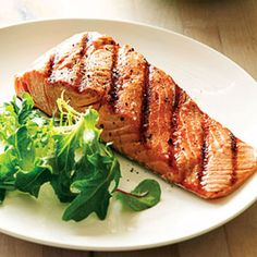 Lean design for convenience - A make-ahead meal that's low in fat: Red Pepper-Salmon Wine Recipes, Seafood Recipes, Grilled Seafood, Grilled Salmon, Jamaican Cuisine, Slow Cooker Freezer Meals, Island Food, Tasty Kitchen, Healthy Eating Habits
