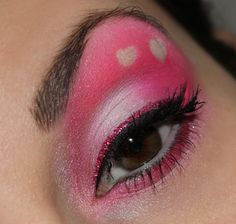 valentines day inspired make up http://www.talasia.de/2015/02/06/eyes-valentines-day-inspired/