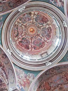Bazilika Navštívení Panny Marie Barokní kostel ze 17.stol.