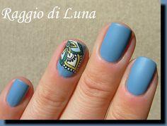 Mandala detail manicure