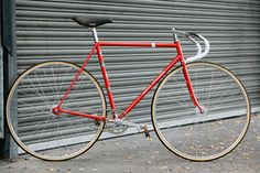 Beautiful Bicycle: Cecil Walker Track with 10 Pitch
