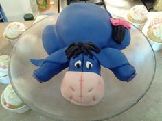 Eeyore! i want this for my next birthday cake