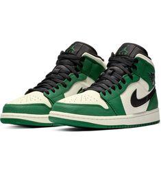 Air Jordan 1 Mid Winterized Sneaker dea88c01a