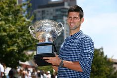 Le jour d'après pour Novak Djokovic, vainqueur pour la cinquième fois de l'Open d'Australie.