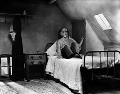 Image detail for -Picture from The Elephant Man starring Anthony Hopkins, John Hurt ...