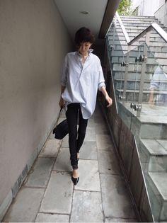 田丸麻紀オフィシャルブログ Powered by Ameba Tomboy Fashion, Office Fashion, Fashion Outfits, Womens Fashion, Royal Blue Outfits, Love Her Style, Japan Fashion, Spring Outfits, Korean Fashion