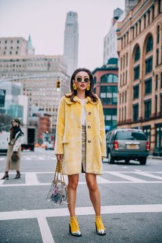 NYFW 2018 Street Style Yellow Shrimps Coat with Chanel Clear Bag // Notjessfas Mode 2018 Trends, Fashion 2018 Trends, Trendy Fashion, High Fashion, Fashion Looks, Fashion Outfits, Womens Fashion, Street Fashion, Fashion Ideas