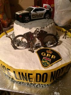 Retirement cake for police officer