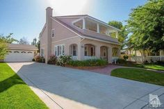 Simi Valley 3+3. Represented buyer, 632k. Check out this listing: http://portal.ikenex.com/share/NDg0MzE1NDEz105/14c32/5648114