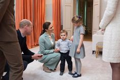 The Duke and Duchess of Cambridge join Crown Princess Victoria and Prince Daniel, Princess Estelle and Prince Oscar for tea at Haga Palace #RoyalVisitSweden 31 Jan 2018 Via Twitter