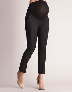 Ultra soft over-bump band ensures a perfect fit Luxurious silky lined front pockets Chic cropped length for summer at the office  A chic pair of black cropped maternity pants are a must have for a working mom-to-be. Beautifully tailored to fit and flatter throughout your pregnancy, an ultra-soft elasticized over-bump band fits seamlessly under your clothes, allowing these smart tailored maternity pants to adapt as you grow. Stylish front pleats and ...