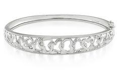 Diamond heart bangle bracelet