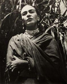 Frida Kahlo, 1951  Gisele Freund