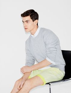 Pictures - MAN - LOOKBOOK - ZARA España. Slim and trim and slightly schoolboy.