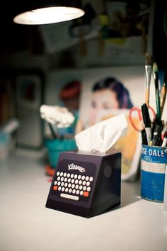 Great packaging idea. I want this on my desk. Kleenex please sell these!