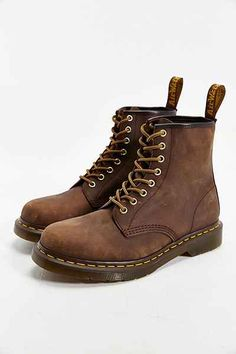 Martens 1460 Boot- Brass from Urban Outfitters. Shop more products from Urban Outfitters on Wanelo. Dr. Martens, White Doc Martens, Doc Martens Style, Doc Martens Outfit, Doc Martens Boots, Dr Martens Men, Dr Martens Hombres, Botas Outfit, Estilo Grunge