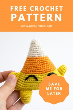 Amigurumi halloween candy corn | Free crochet pattern | Garnknuten | Learn how to make this super cute candy corn toy Conrad. Easy to make and perfect for halloween! Make it now or save it for later! #amigurumi #crochet #pattern #halloween #toy Crochet Baby Toys, Crochet Food, Free Crochet, Crochet Hats, Cute Candy, Halloween Candy, Crochet Patterns Amigurumi, Candy Corn, Diy Toys