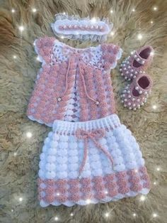 Diy Crafts - clippers,DIY-diy carpet maze with hair clippers. I would do this with a monogram though carpet clippers DIY Hair maze monogram Crochet Baby Dress Pattern, Crochet Baby Cardigan, Knit Baby Dress, Baby Dress Patterns, Baby Girl Crochet, Crochet Baby Clothes, Baby Knitting Patterns, Girls Sweaters, Baby Sweaters