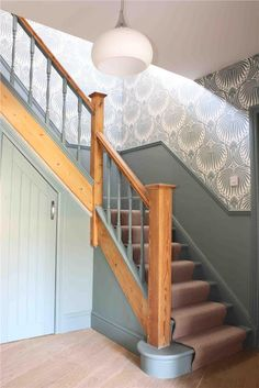 Modern Country Style: Top 20 Most Inspiring Rooms From Farrow And Ball Paint Cli. Modern Country Style: Top 20 Most Inspiring Rooms From Farrow And Ball Paint Click through for details. Painted Staircases, Painted Stairs, Staircase Painting, Spiral Staircases, Hallway Wallpaper, Of Wallpaper, Wallpaper Ideas, Modern Wallpaper, Amazing Wallpaper