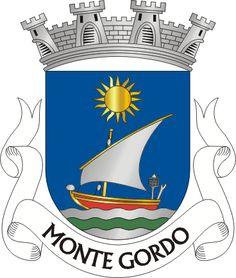 Civic heraldry of Portugal - Brasões dos municípios Portugueses - Elmo, Monte Gordo, Portugal, Coat Of Arms, Terra, Badges, Wrist Tattoo, Villas, Flags