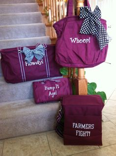 Support your favorite team with the new spirit line from Thirty-one!  Comes in several color options! www.mythirtyone.com/kstricklin
