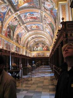 Amazing Breathtaking Libraries Around the World | The Hidden Fact