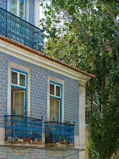 This beautiful traditional Portuguese tiled house is owned by University of Milan Professor Tomas Colaco