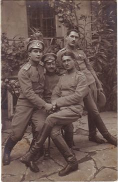 Either Mexican or Italian soldiers having fun... with one another... in the 1920s...