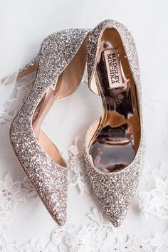 31a3a05fb40 33 Comfortable Wedding Shoes That Are Oh-So-Stylish