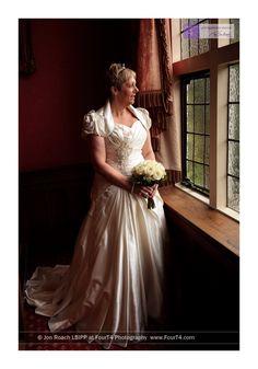 New Forest wedding photography Montagu Arms Beaulieu