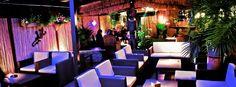 Bar Zanzibar is een leuke loungebar in Brussel, dichtbij het Woluwepark. De inrichting is modern en Afrikaans. Geniet van een heerlijk drankje en waag jullie eens op de dansvloer.