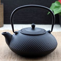 Kung fu tea teapot big black dots water iron pot cast iron tea kettle 1.2l  coming with free wooden mat US $95.99