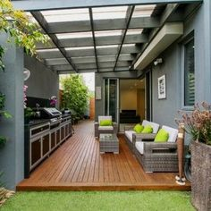 A beautiful pergola design makes the outdoor looks phenomenal and allows us to the great pleasure of dining, relaxing and calming. Diy Pergola, Diy Patio, Backyard Patio, Backyard Landscaping, Pergola Ideas, Patio Ideas, Cheap Pergola, Wedding Pergola, Garage Pergola
