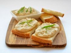 The recipe for the pate herring. Quick Recipes, Easy Healthy Recipes, Quick Easy Meals, Fish Recipes, Vegan Recipes, Cooking Recipes, Good Food, Yummy Food, Pasta