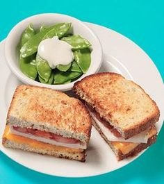 Get healthy lunches under 400 calories from Fitness Magazine!