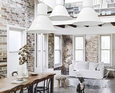 An all-white industrial-style home with minimalist charm in Sydney Industrial Interior Design, White Interior Design, Industrial Interiors, Modern Industrial, Interior Styling, Interior And Exterior, Antique White Usa, Bisque Interiors, Australian Homes