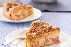 Rhubarb crumble cake recipe, NZ Womans Weekly – There are really no rules with crumbles You can add nuts or coconut and vary the fruits and spices to suit your own tastes and what you have in the pantry - Eat Well (formerly Bite) Rhubarb Crumble Cake, Crumble Topping, Almond Recipes, Baking Recipes, Cake Recipes, My Favorite Food, Favorite Recipes, Sweet Bread, Cake Creations