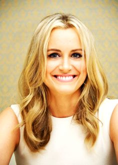 taylor schilling - Aries Rising