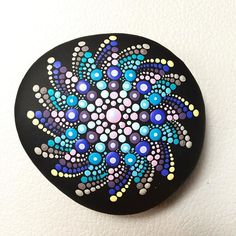 #paintedstones #mandala #mandaladesign                                                                                                                                                      More