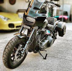 画像に含まれている可能性があるもの:バイク Harley Fatboy, Harley Bikes, Harley Davidson Fat Bob, Harley Davidson Bikes, Motorcycle Windshields, Street Bob, Club Style, Hot Cars, Scrambler