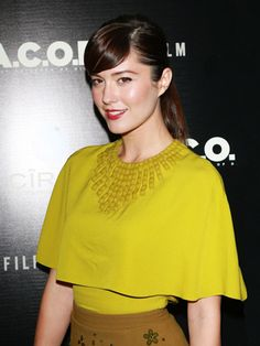 Mary Elizabeth Winstead's Beauty Routine Terrifies Her Husband