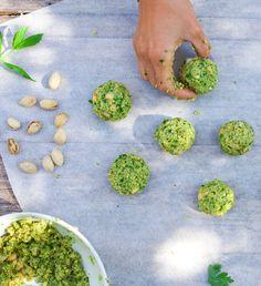 Falafels rôties aux pistaches et aux herbes