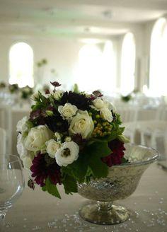 agapanthes, dahlia, lisianthus, rose