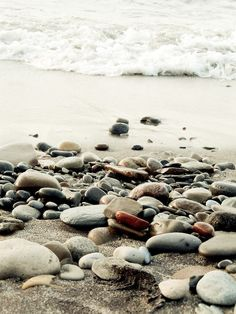 I beach life l Beach Stones, Pebble Beach, Oregon Coast, Ocean Waves, Sea Shells, Coastal, Surfing, Photos, Pictures
