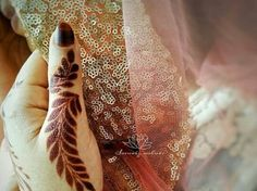 Latest Mehandi Designs For Rakshabandhan 2020 Best Mehndi Designs, Mehandi Designs, New Mehandi, Happy Rakshabandhan, Indian Festivals, Simple Designs, Henna, Going Out, Cool Outfits